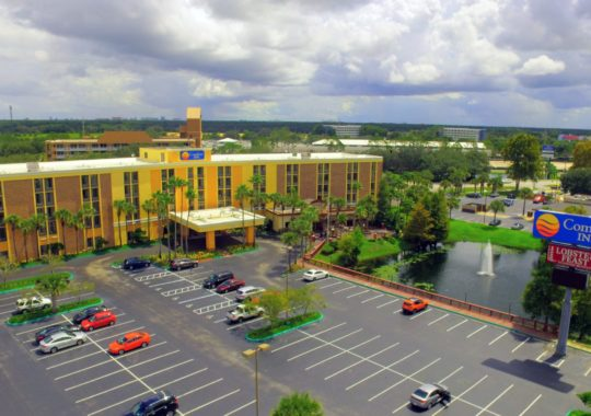 Comfort, Affordability and Style are Yours just Outside Disney's Door at the Comfort Inn Maingate!