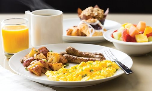 Start Your Day Off Right with Homewood Suites Orlando's Free Hot Breakfast!
