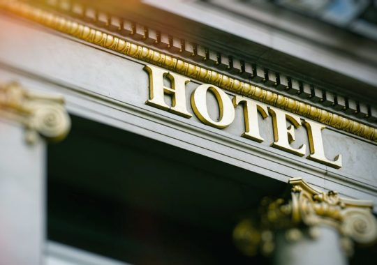 Four Easy Tips For Choosing The Best Hotel Online