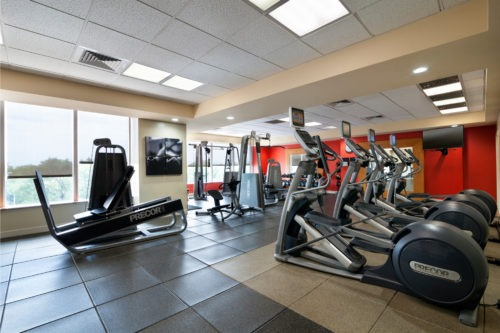 Radisson Hotel JFK Airport Fitness Center