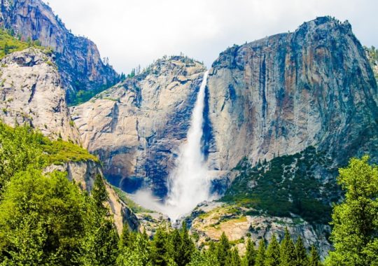 4 Incredible US Waterfall Hikes