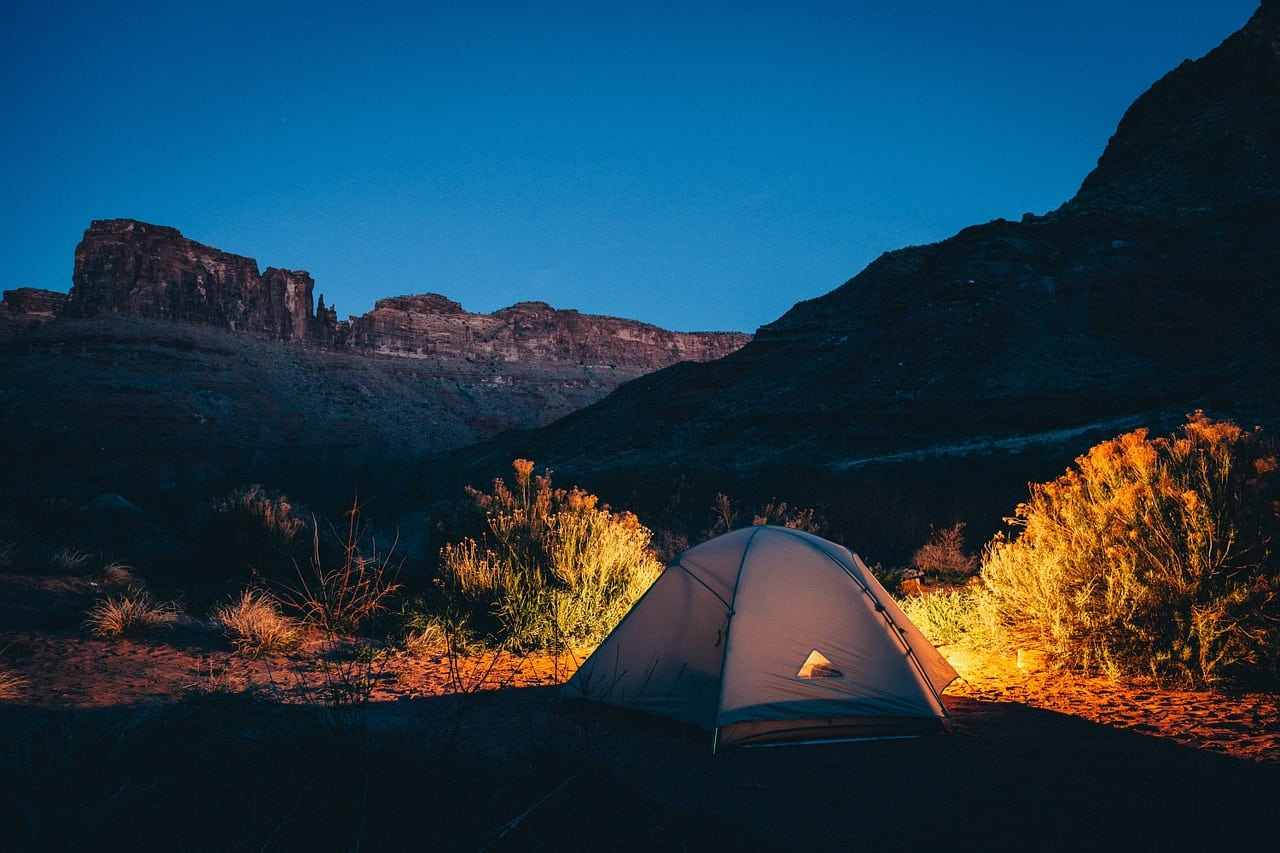 Sleep Under the Stars: Where to Camp in The US?