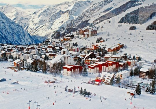8 Great Ski Destination for Winter Enthusiasts