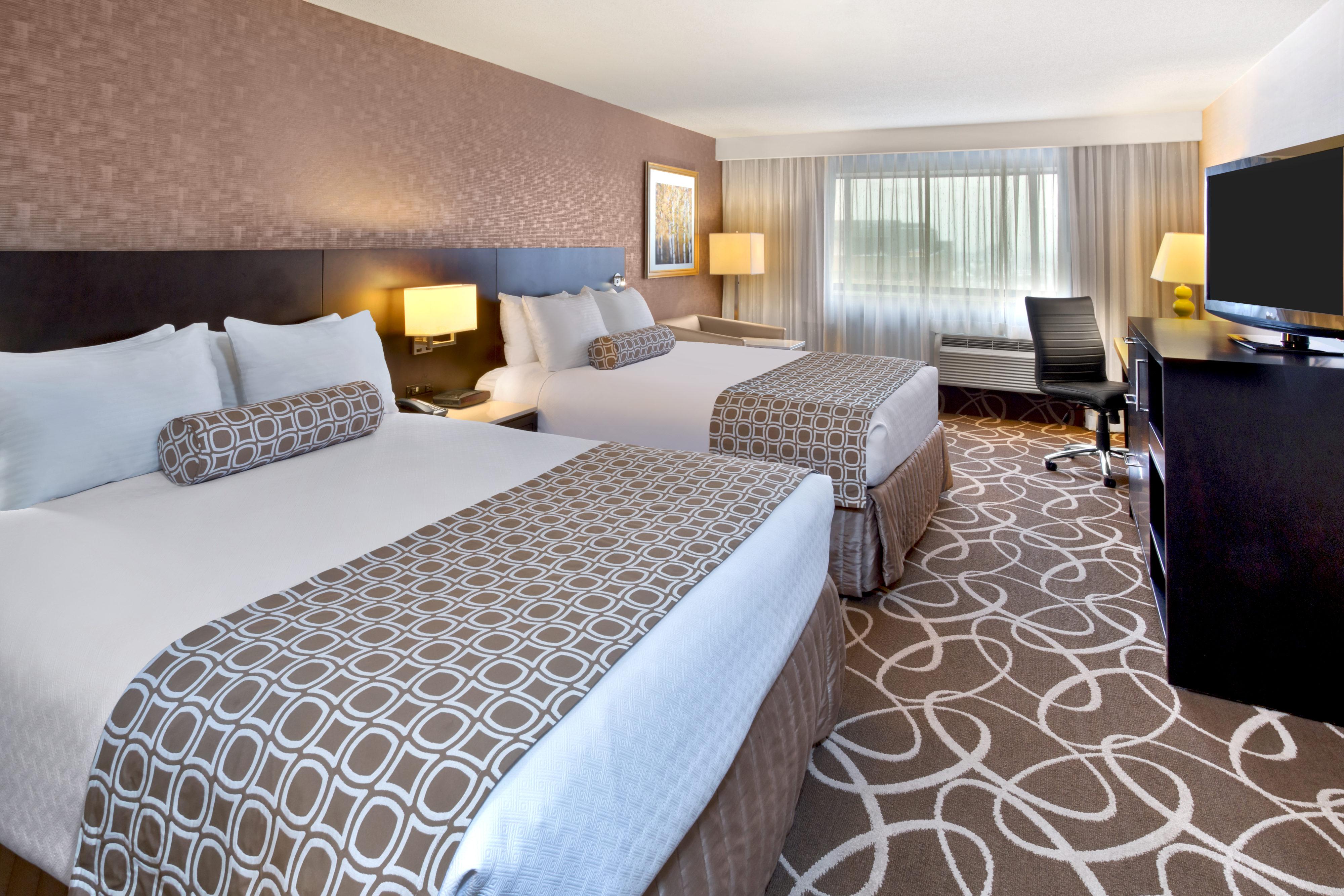 Crowne Plaza Kitchener rooms