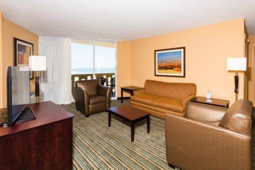 Best Western Castillo Del Sol in Ormond Beach suite room